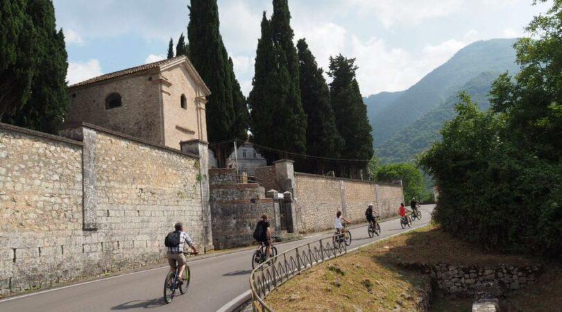 Tour in bici nei borghi della Valle del Comino in Lazio